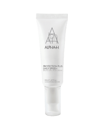 _0-Protection-Plus-Daily-SPF-50-lid-on